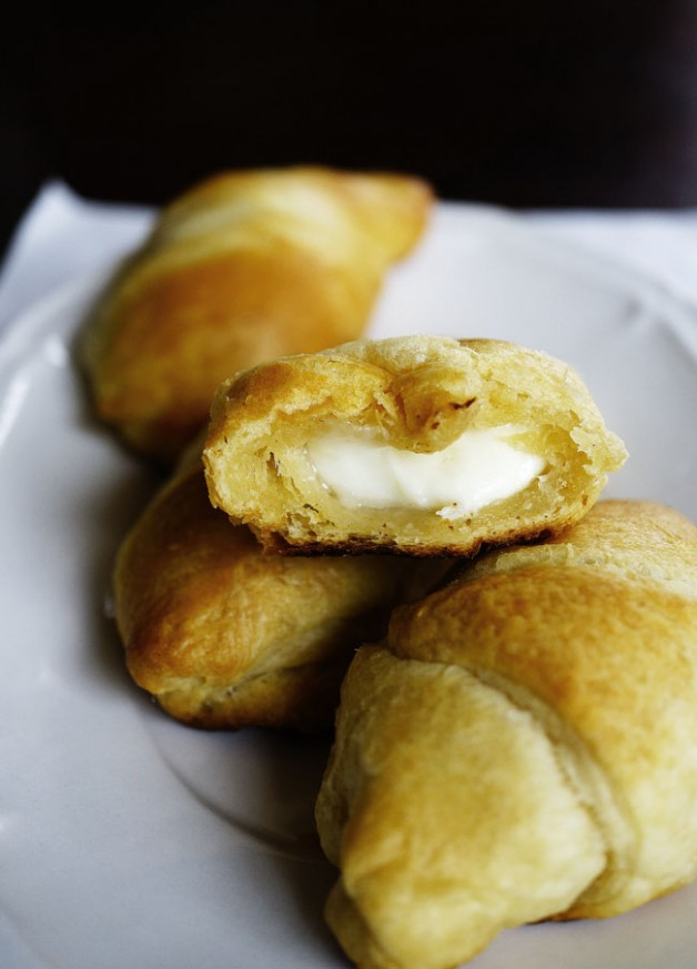 Pillsbury Crescent Rolls with Mozarella Cheese FIlling