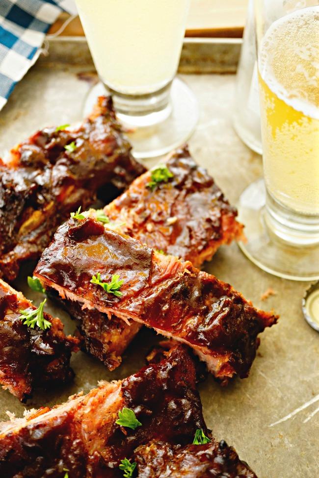 Barbecue Pork Spare Ribs with Sriracha Chile Sauce and Hoisin Sauce