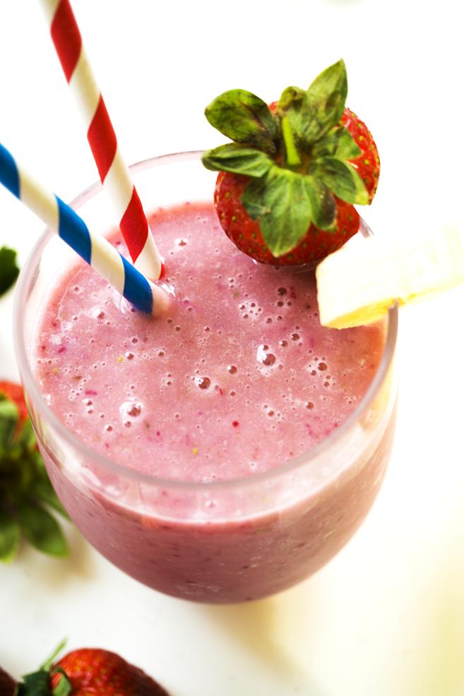 Vegan-Dairy Free 2 Ingredient Strawberry Smoothie