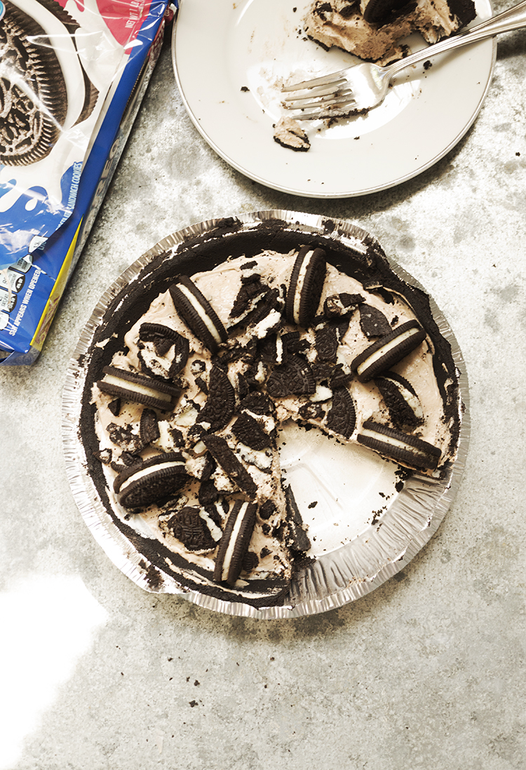 NO BAKE OREO CHEESECAKE EASY AND UTTERLY DELICIOUS
