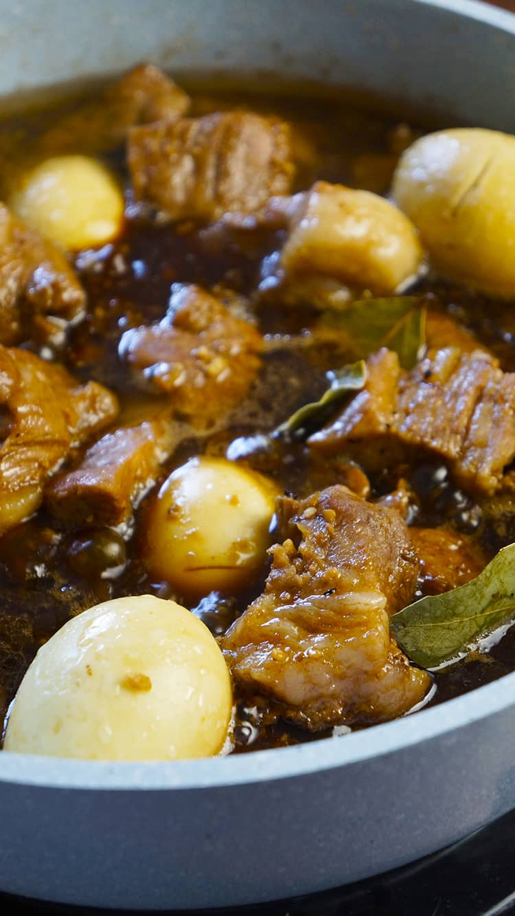 Adobo is one of the famous Filipino cuisine worldwide. You can use pork, chicken, beef and even fish.