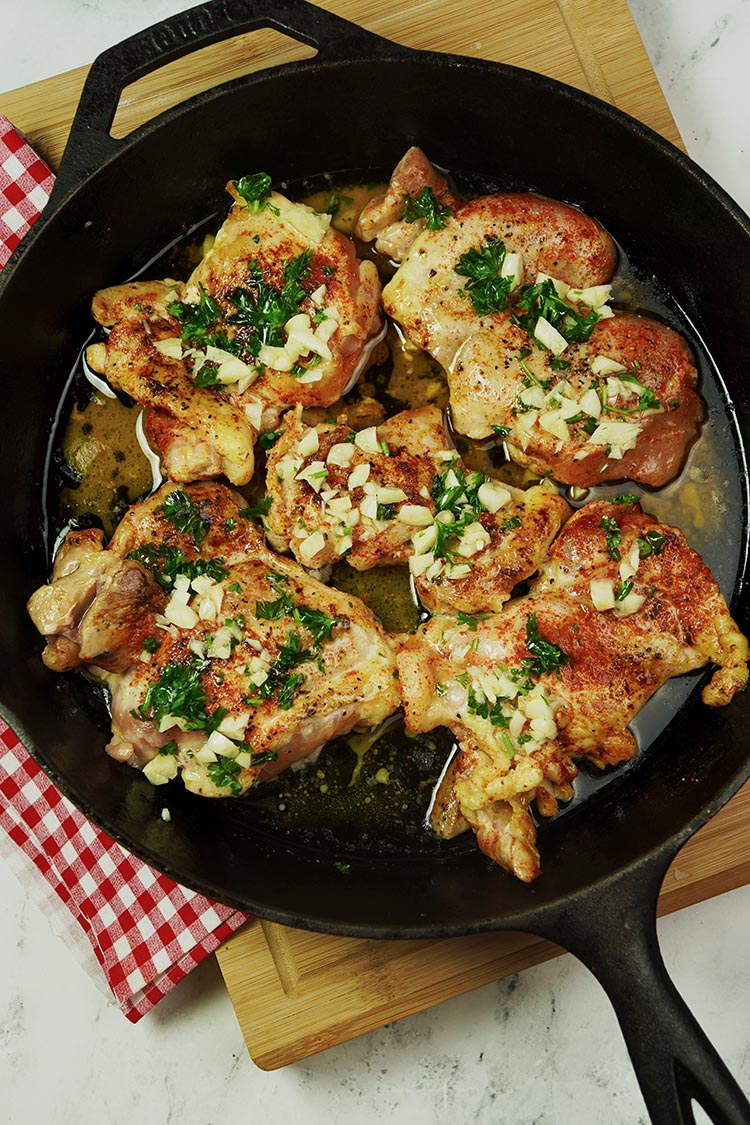 Garlic Butter Chicken Thigh Baked. An excellent recipe for easy ingredients.